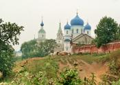 коровы, монастырь